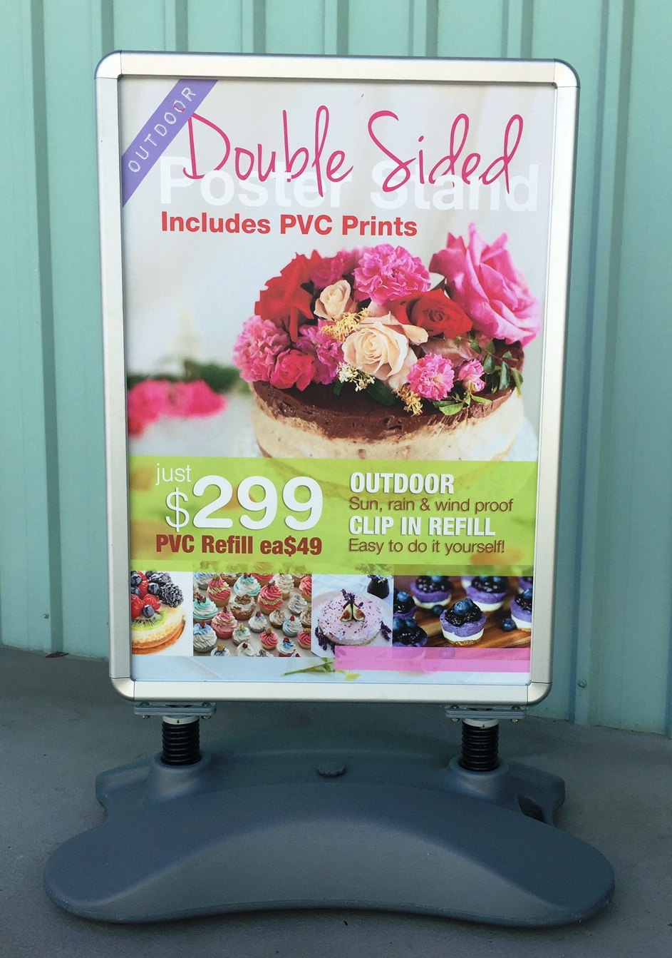 Economy pull up banner print with latex ink on large format